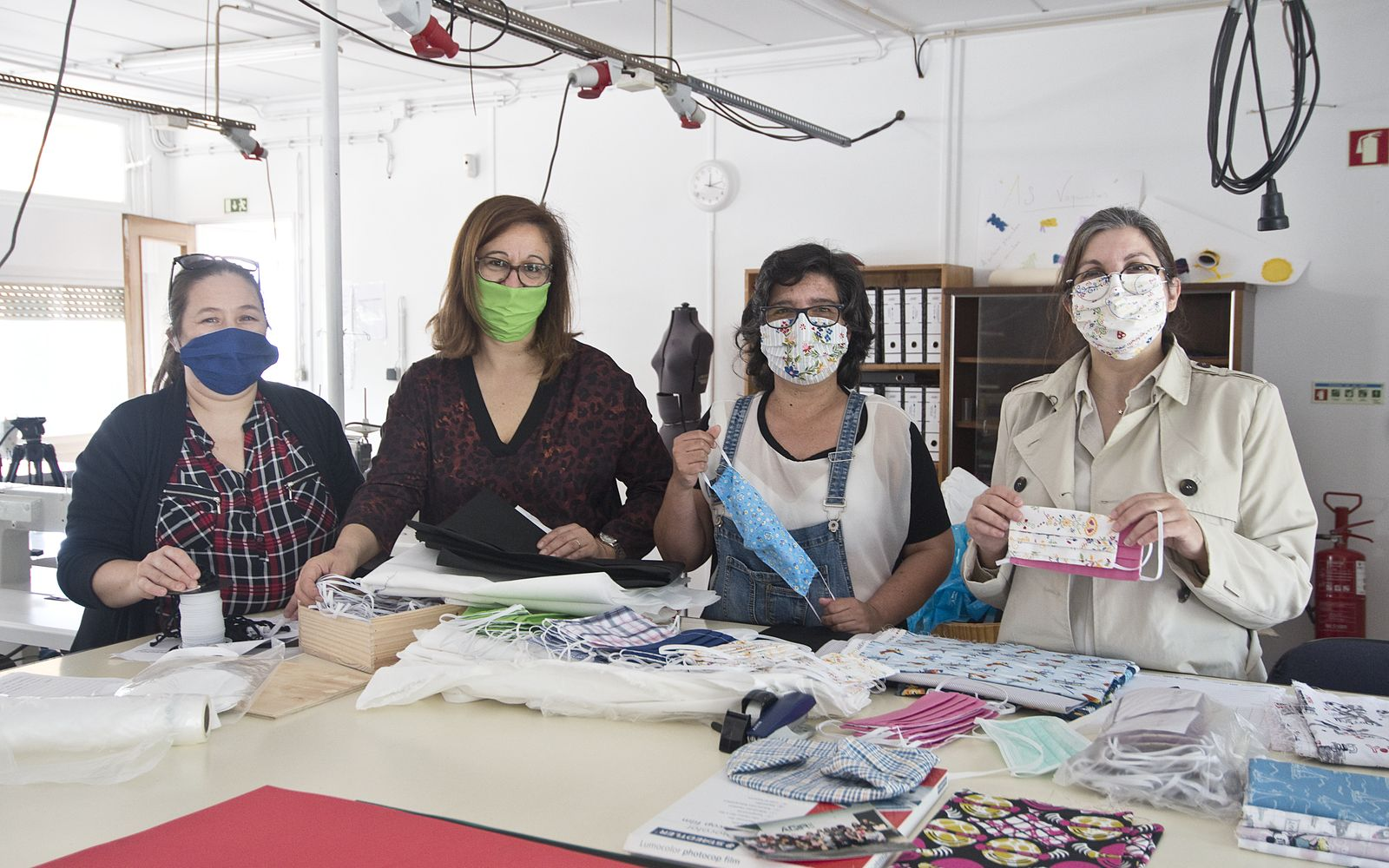 Sandra, Marina, Paula and Zélia all started sewing masks from their homes and distributing them in Lisbon
